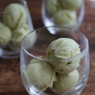 Foodblogswap – Avocado IJs met Zoet-Pittige Mangosalsa