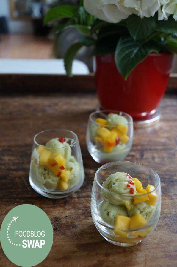 Foodblogswap - Avocado IJs met Zoet-Pittige Mangosalsa