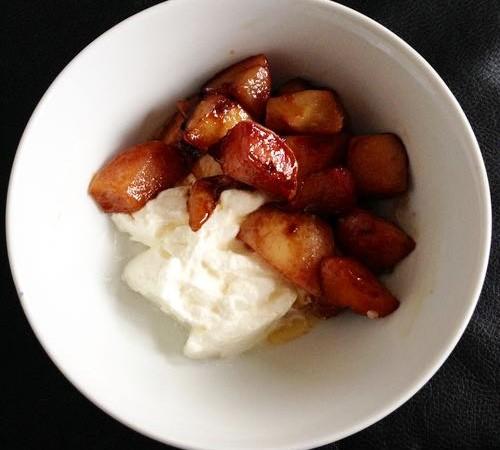 Gebakken perziken met Griekse Yoghurt