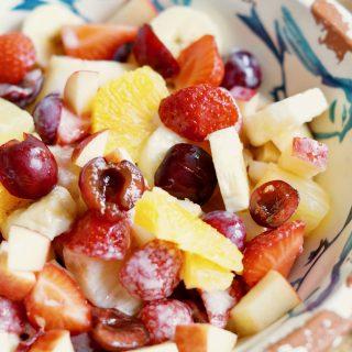 Fruitsalade met Yoghurt-Honing Dressing